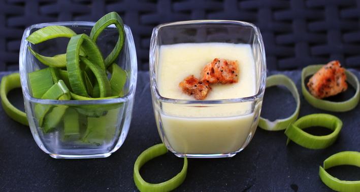 Pórkovo bramborová polévka se smetanou