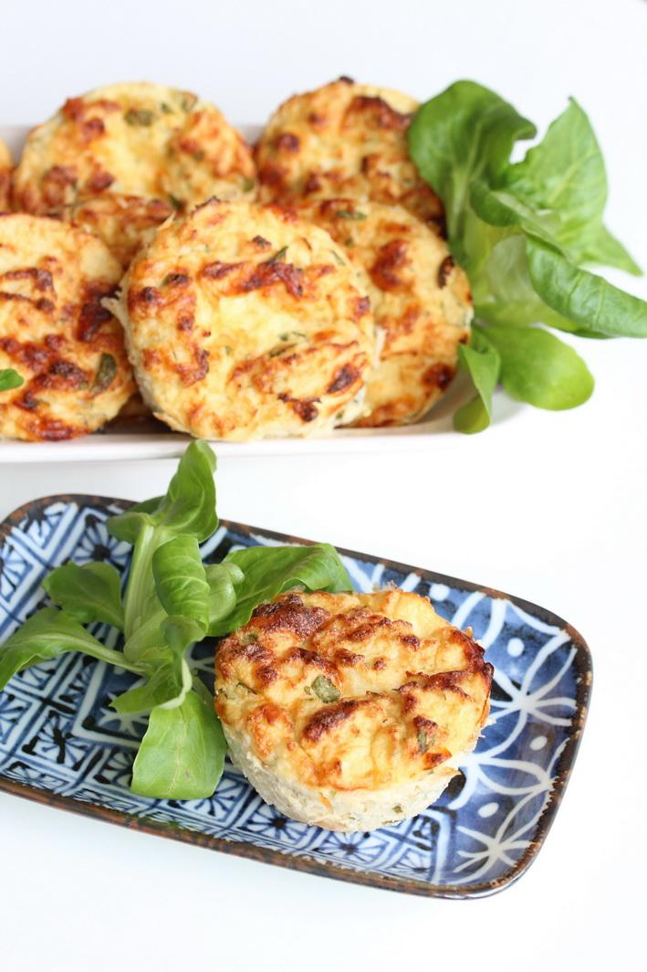 Lehké nadýchané květákovo - sýrové muffiny bez mouky