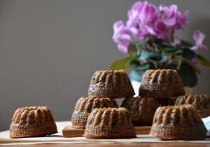 banánový chlebíček nebo bábovičky s čokoládou a ořechy 3